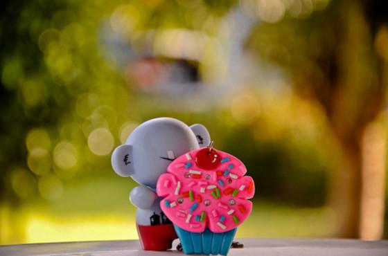 Cupcake – toy – bokeh