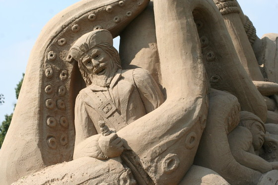 Giant Sand Sculptures